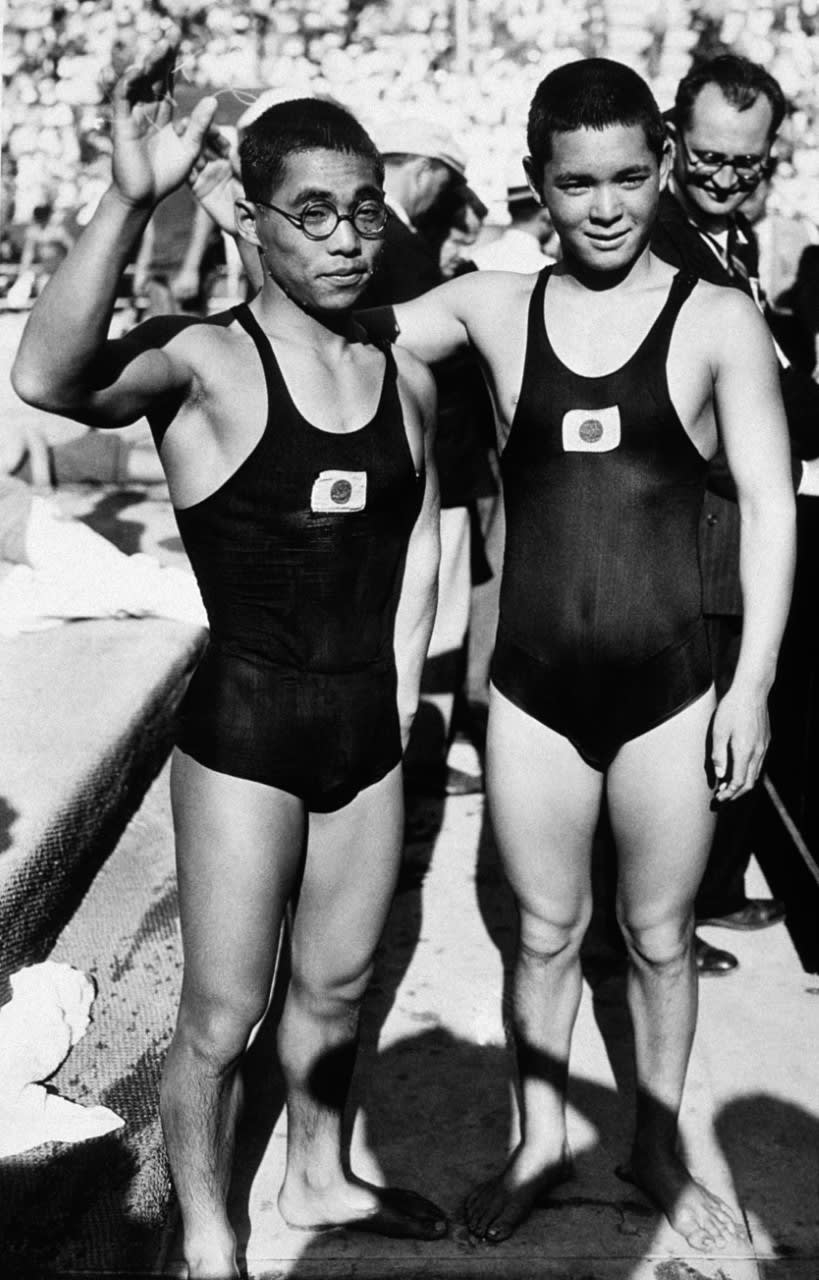 KITAMURA Kusuo (right) stands alongside MAKINO Shozo after winning gold in the men's 1,500m freestyle swimming at the Los Angeles 1932 Olympic Games.